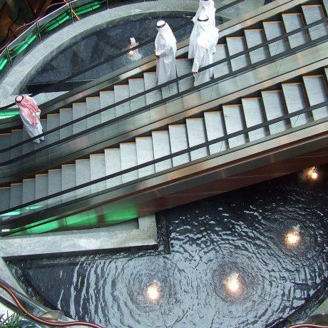 shopping-mall-2268609_1280